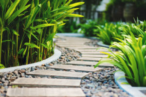 Garden-pathways-tips